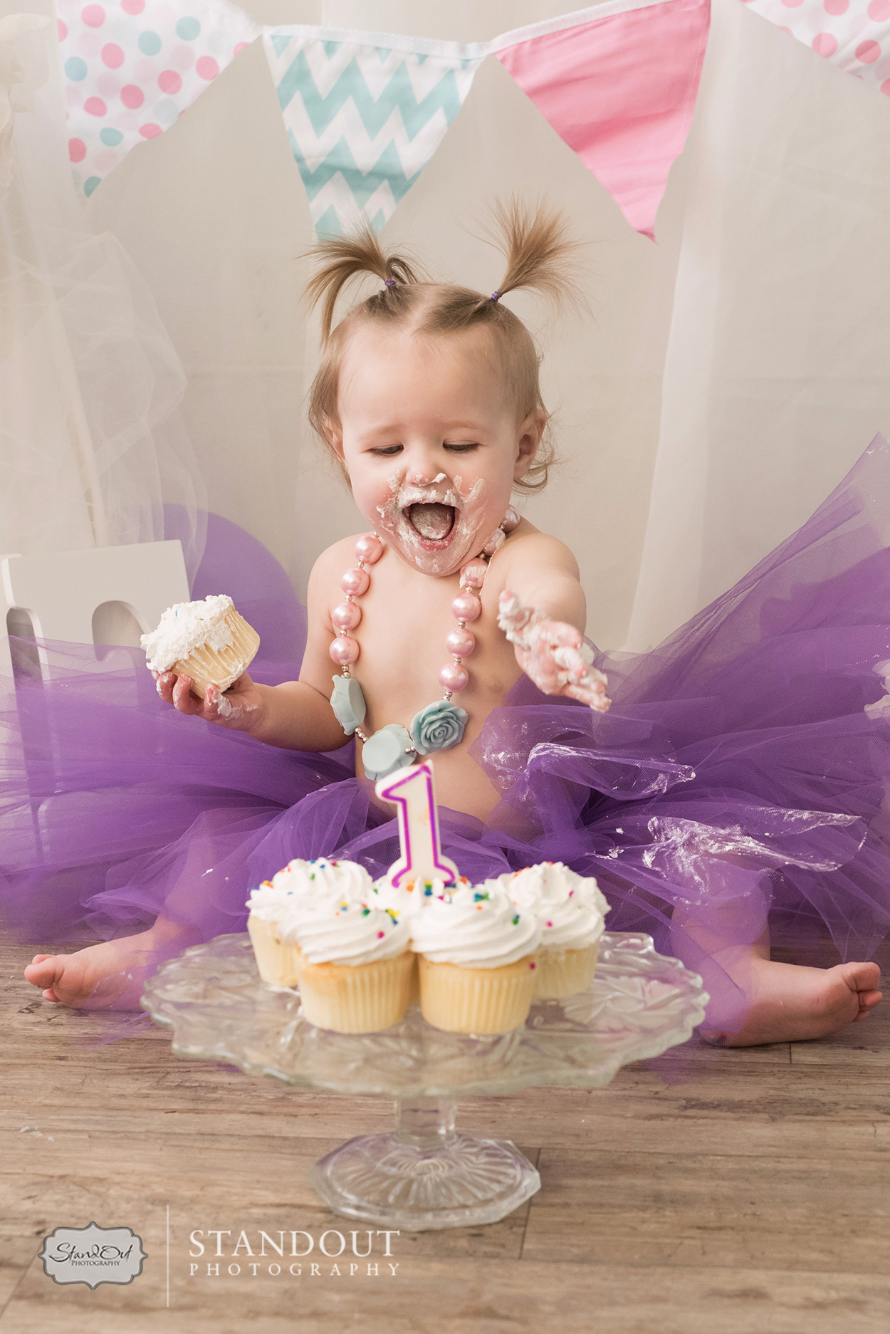 Lethbridge Cake Smash Photographer